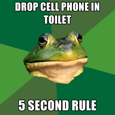 drop-cell-phone-in-toilet-5-second-rule
